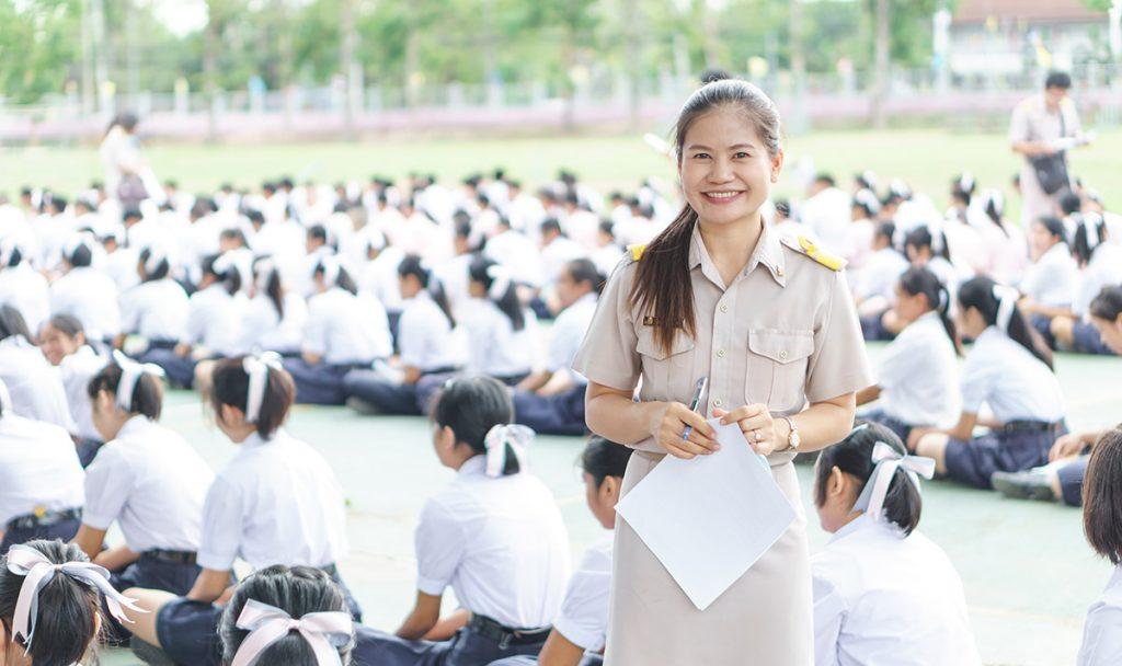teach english in phuket thailand